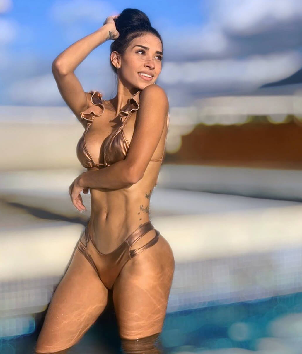 hot black femail muscle nude